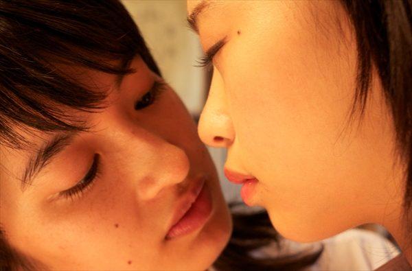 人気の女子学生写真集が待望の映画化