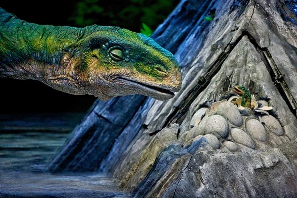 <p>プラテオサウルス Photo : David Scheinmann</p>