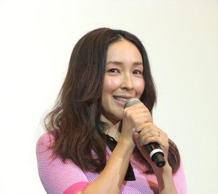 麻生久美子「私もまだ夢を追いかけている途中」