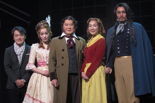 A.B.C-Z 橋本良亮「素晴らしいものを届けたい」舞台でピアノ生演奏に挑戦