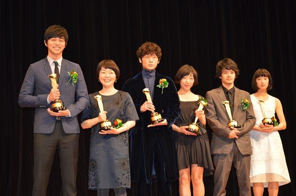 綾野剛、池松壮亮、東出昌大らがキネマ旬報ベスト・テン表彰式に登壇