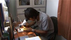 『情熱大陸』に出演する淡水魚研究家・佐藤智之