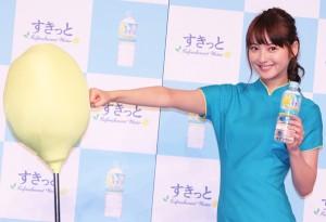 『アサヒ すきっと レモン』新CM記者発表会に登場した佐々木希