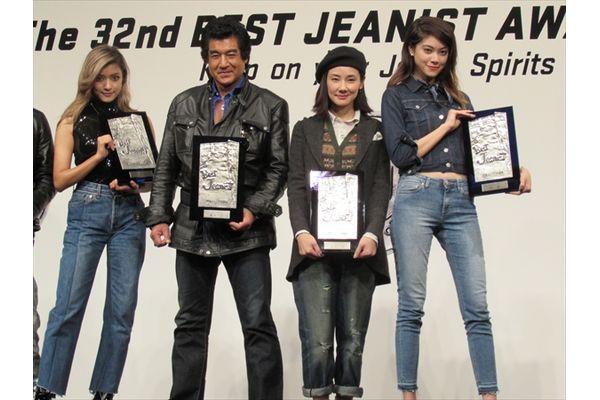 藤ヶ谷太輔&ローラが受賞!ベストジーニスト2015