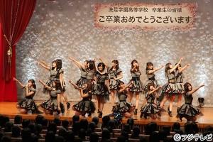 AKB48、ももいろクローバーZが『FNSうたの春まつり』でサプライズ企画