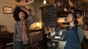 """""""超節電生活""""で月々の電気代200円!?フリーランサー・稲垣えみ子の生活をのぞく"""