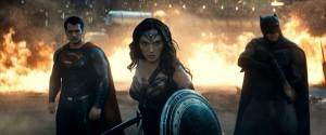 『バットマン vs スーパーマン ジャスティスの誕生』の謎が明らかに!?徹底解説動画が公開!