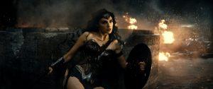 『バットマンVSスーパーマン ジャスティスの誕生』にまつわるエピソード7、8公開 (c) 2016 Warner Bros. Ent. All Rights Reserved. TM & (c) DC Comics.
