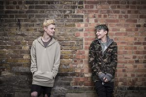 int_barsandmelody_01