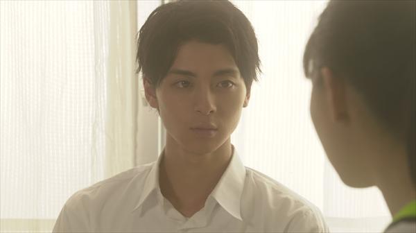 """<p>『スカッとジャパン』演出の大橋圭史氏(イースト・エンタテインメント)は、高杉真宙の魅力を「""""圧倒的な透明度""""だと思います。表情・仕草など、彼の""""曇りのない演技""""が、胸キュンスカッとの「彼氏像""""にピッタリはまりました」と語る</p>"""