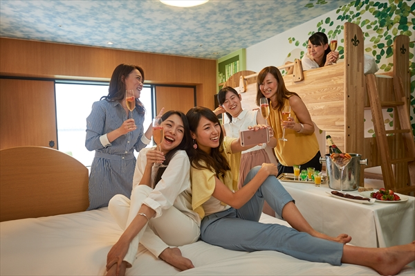 <p>東京DR・ヒルトン東京ベイのお得・新プラン「3世代プラン」「女子会プラン」が年末から卒業シーズンに登場</p>