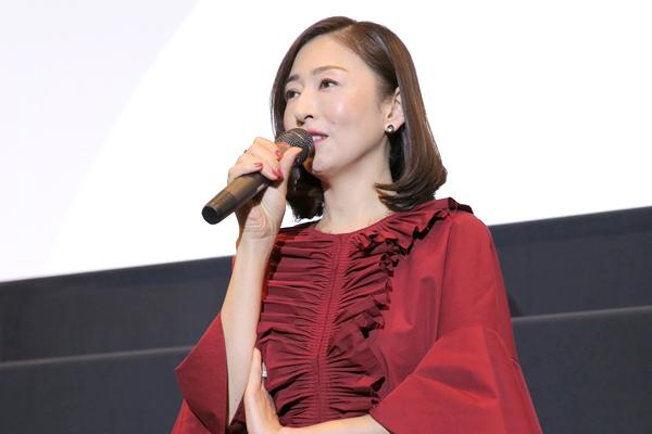 松雪泰子「静かな時間を過ごしたい人におすすめ」映画『古都』京都で先行公開