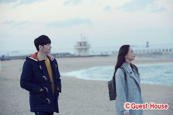 超新星ソンジェ、韓国初主演映画「Guest House」の撮影現場をファンに公開!