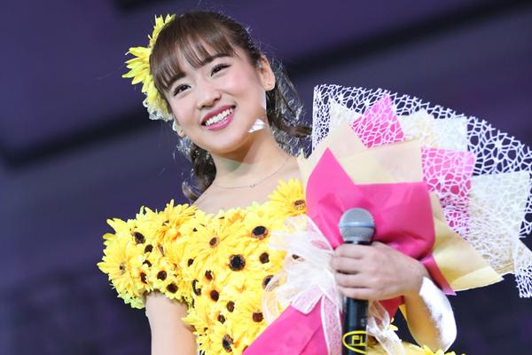 仲川遥香「10年間諦めずにやってきてよかった!」JKT48 5周年コンサート&卒業セレモニー開催