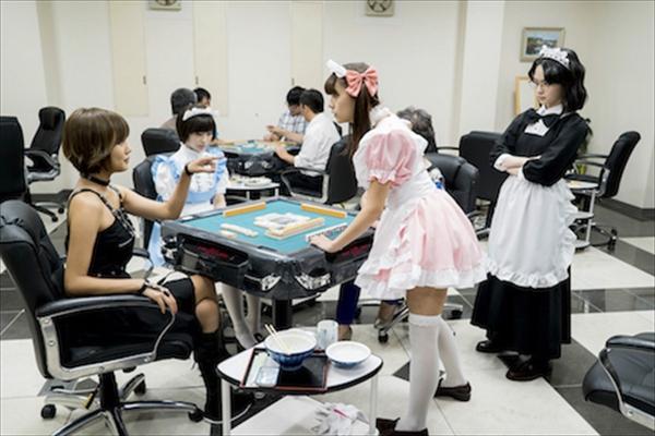 「メイドやばいwww」「あんな雀荘あったら行くわ!」ドラマ『咲-Saki-』第3局でのメイド服姿にファン騒然