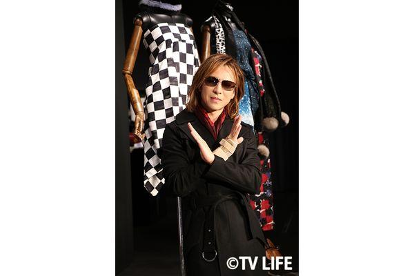 YOSHIKIが新宿伊勢丹でオリジナル着物をPR!「ぜひお店に立ち寄ってください」