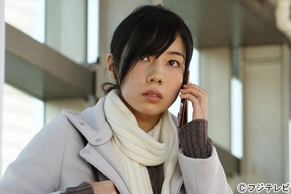 仲里依紗が小雪主演『大貧乏』にゲスト出演「存在感のある役にできたら」