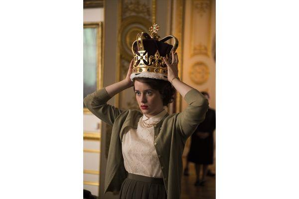 第74回ゴールデン・グローブ賞で作品賞、女優賞受賞の快挙!Netflixオリジナルドラマ『ザ・クラウン』