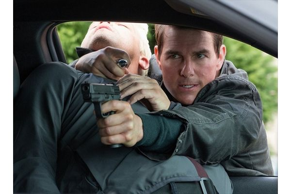 トム・クルーズがアウトローなヒーローを熱演「ジャック・リーチャー」BD&DVD 4・12発売