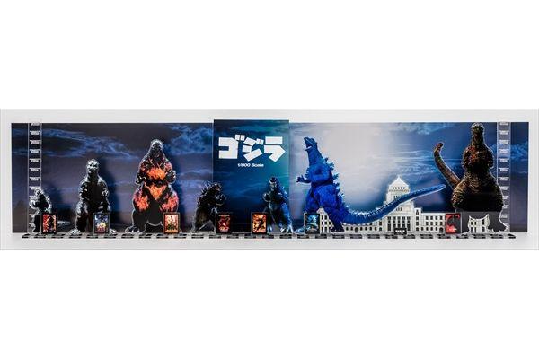 ゴジラ・ストア限定超ビッグスケール特典も!「シン・ゴジラ」Blu-ray&DVDが3・22発売