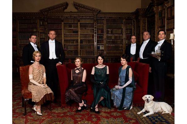 世界中をとりこにする傑作英国ドラマ「ダウントン・アビー」シーズン5ブルーレイ&DVD4・21発売