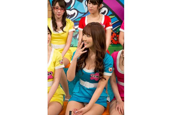 恵比寿★マスカッツ 三上悠亜が恥ずかしい衣装でヒッチハイク!『マスカットナイト』3・8放送