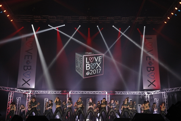 <p>FabulousSisters「LOVE BOX 2017」</p>