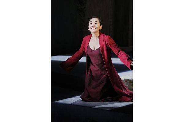 大竹しのぶ「幕が開くのが寂しい」舞台「フェードル」4・8開幕