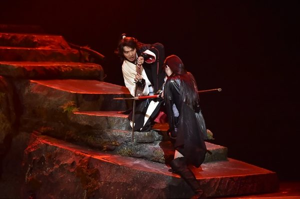 山﨑賢人「新しい信乃を感じてほしい」舞台『里見八犬伝』公開稽古