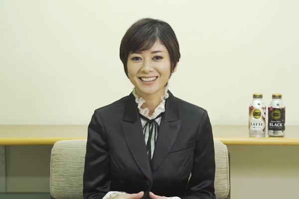 真木よう子が凛々しいタキシード姿で一人二役「TULLY'S COFFEE」新CM 5・9放送開始