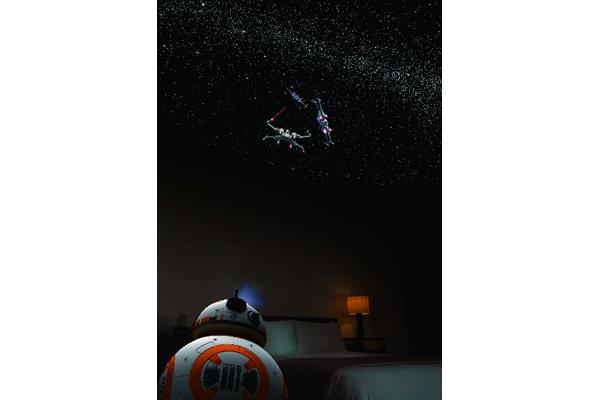 「スター・ウォーズ」BB-8、R2-D2が家庭用プラネタリウムに!
