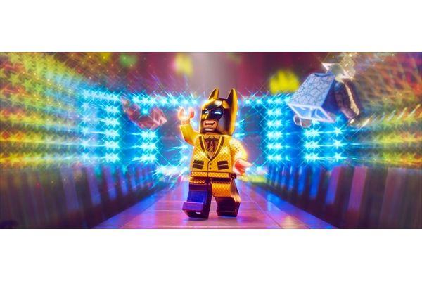 ヒーローも悪役も大集合!「レゴ バットマン ザ・ムービー」BD&DVD 8・2発売