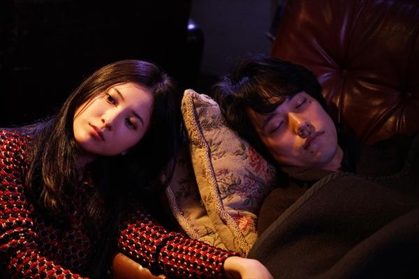吉高由里子と松山ケンイチが寄り添う場面写真解禁!『ユリゴコロ』9・23公開