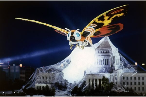 「東宝怪獣総選挙」1位はモスラ!トップ3の怪獣のグッズもゴジラ・ストアで発売決定