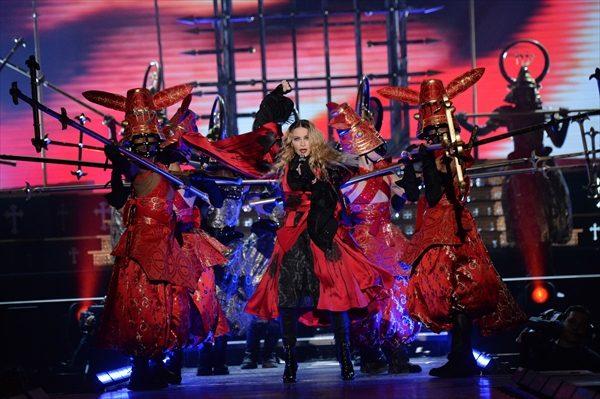 マドンナが圧巻のパフォーマンスで魅せる!「レベル・ハート・ツアー」WOWOWで7・2日本初放送