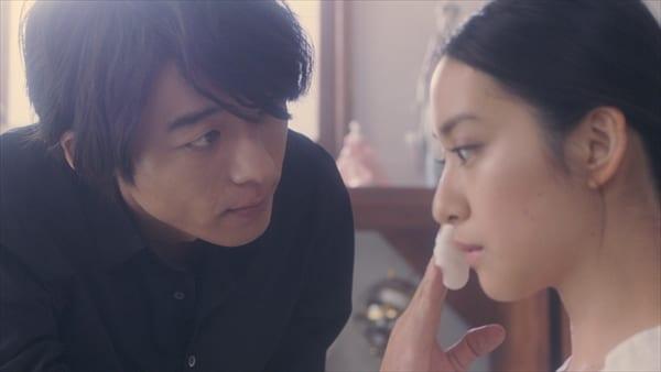 高橋一生、大人になった武井咲に「おじさんは本当にドキドキしっぱなし」ショートドラマ『Laundry Snow』公開
