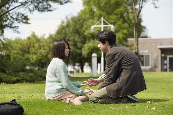 有村架純&坂口健太郎が見つめ合う…松本潤主演『ナラタージュ』新場面写真解禁