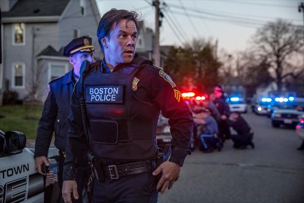 ボストン爆弾テロ事件、犯人逮捕までの102時間の真実『パトリオット・デイ』BD&DVD 11・8発売