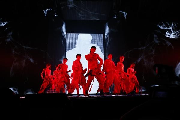 BIGBANG・G-DRAGON ソロツアー福岡Dで5万人熱狂