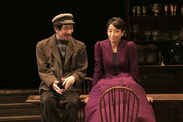 KERAによるチェーホフ四大戯曲第3弾『ワーニャ伯父さん』上演中!段田安則、宮沢りえら出演