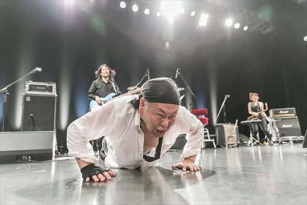 ライブ中に腕立て伏せ!? 泉谷しげるの45周年特別公演 CSテレ朝chで9・16放送