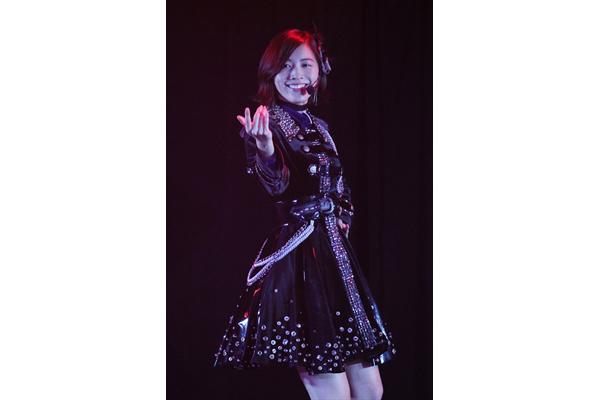 松井珠理奈がセクシー!「みんな優しくしてね」SKE48 9周年前夜祭「ミッドナイト公演」に初出演