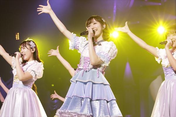 AKB48 渡辺麻友「私が信じて歩んできた道は間違っていなかった」地元埼玉で卒コン開催