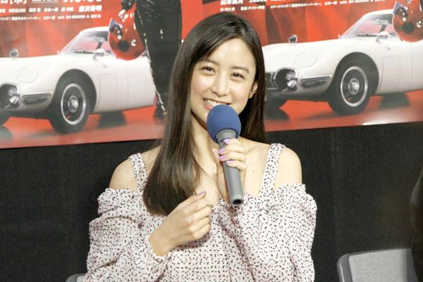 山本美月がレトロな車にハマる!?「いつか買っているかも(笑)」ドラマ『真夜中のスーパーカー』3・28放送