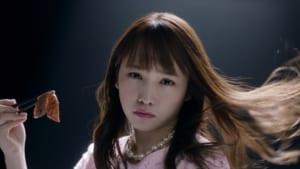「トラフル」新CM「彼氏と高級焼肉」篇