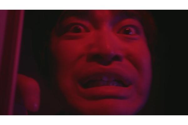 Kさんに忍び寄る恐怖…稲川淳二×加藤諒のホラーレシピ動画「赤い台所」4・24公開