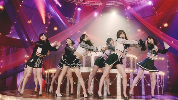 <p>AKB48「Teacher Teacher」&copy;AKS/キングレコード</p>