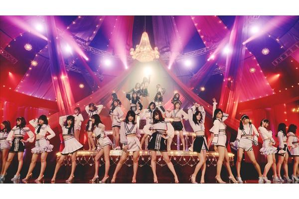 まばたき禁止の脚線美!AKB48 小栗有以初センター曲「Teacher Teacher」MV完成
