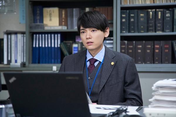 古川雄輝のクールな弁護士姿が解禁「連続ドラマW 60 誤判対策室」
