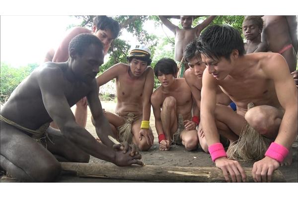 """『陸海空~』""""裸""""の若手イケメン5人が部族に1週間密着!ナスD超えに生駒里奈も期待"""
